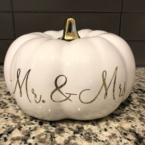 Martha Stewart Mr. & Mrs. pumpkin